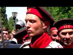 Митинг у памятника 300-летия Таганрога по случаю реконструкции обороны города в Крымскую войну 1855г