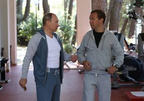 Медведев и Путин 2