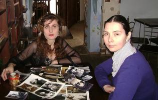 Юлия Сак на съемках программы о Вере Холодной