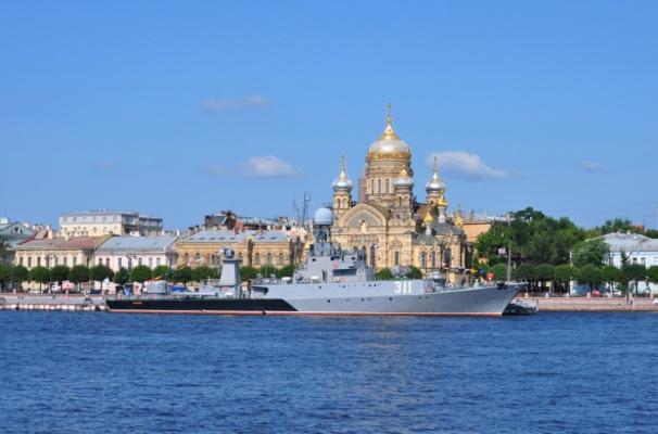 Поздравляю всех с днем Военно Морского Флота!!!